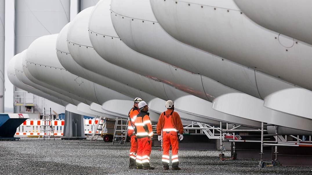 Rotor hubs in Esbjerg